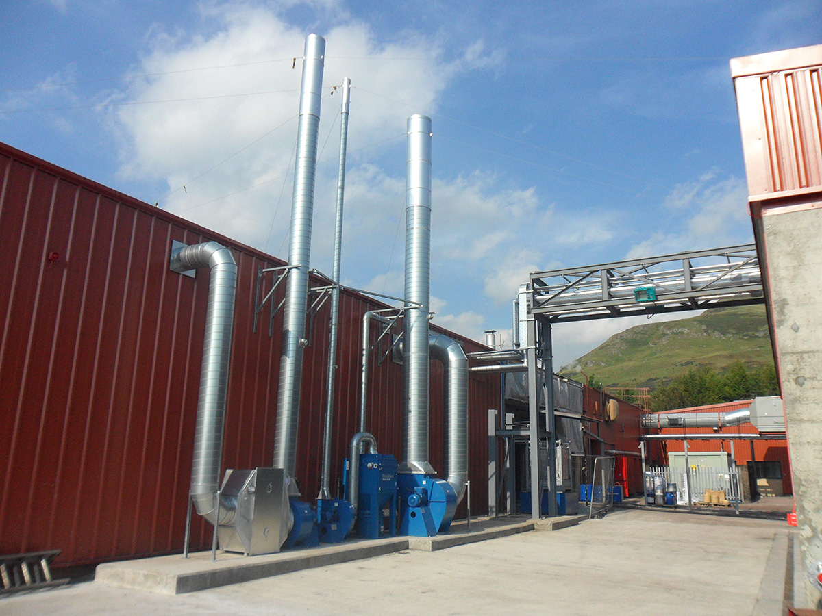 Factory services infrastructure including pipebridge and extraction units